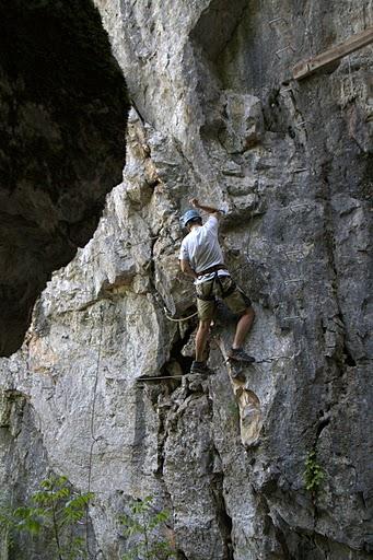 Начинаещ лази по скалата