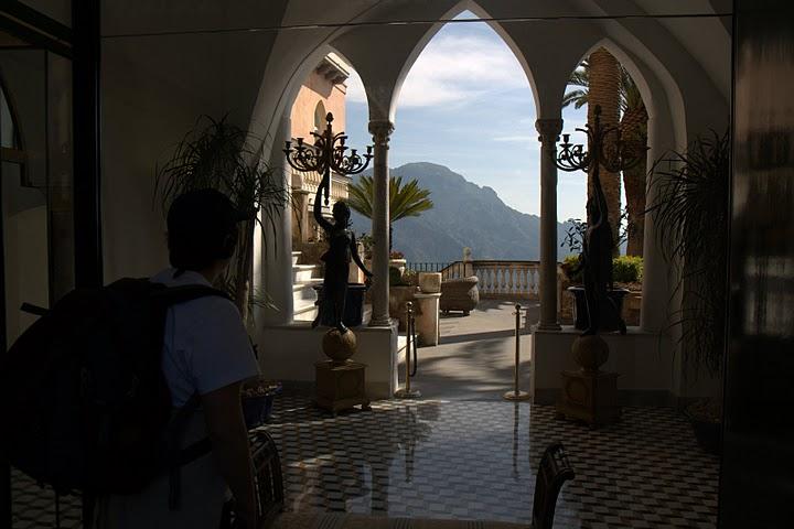 Хотел в Равело