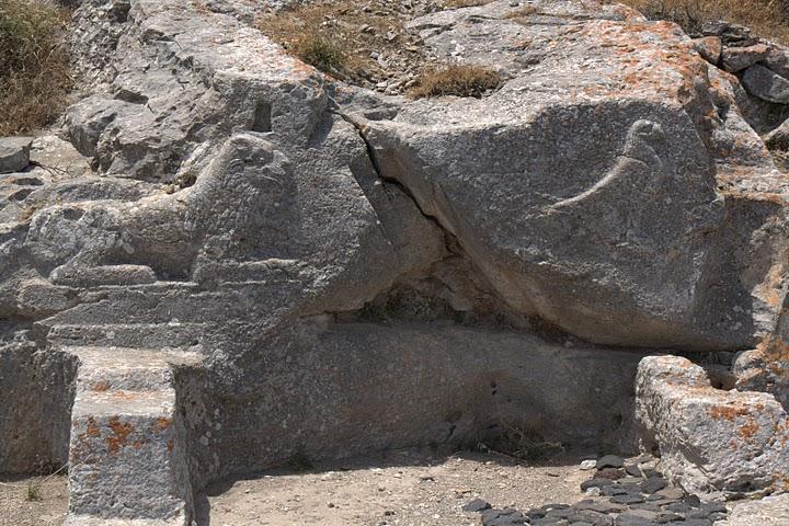 Детайли от древната Тира
