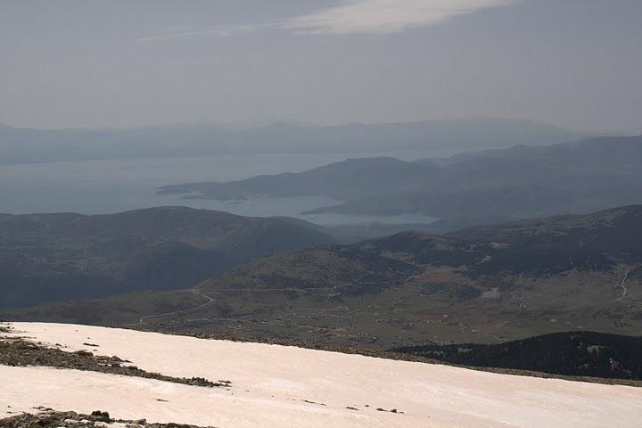 Гледка от вр. Геронтоврахос към Пелопонес