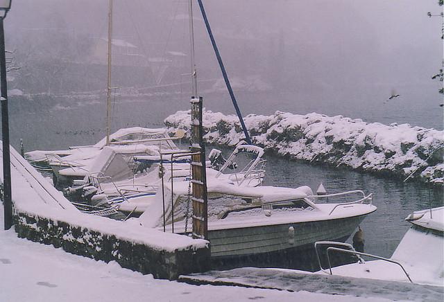 Лодки на кея в Монтрьо