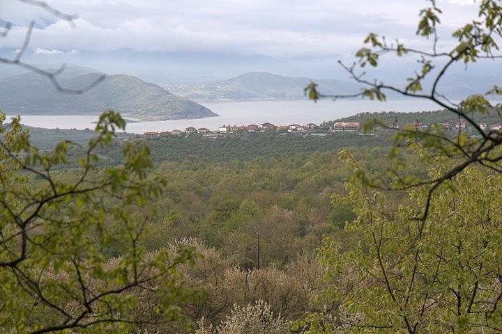Подножието на планината Ворас