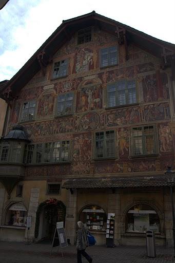 Ренесансови фрески по фасадите