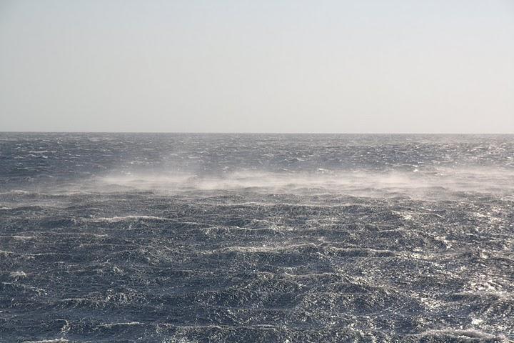 Това прави мелтемито в морето