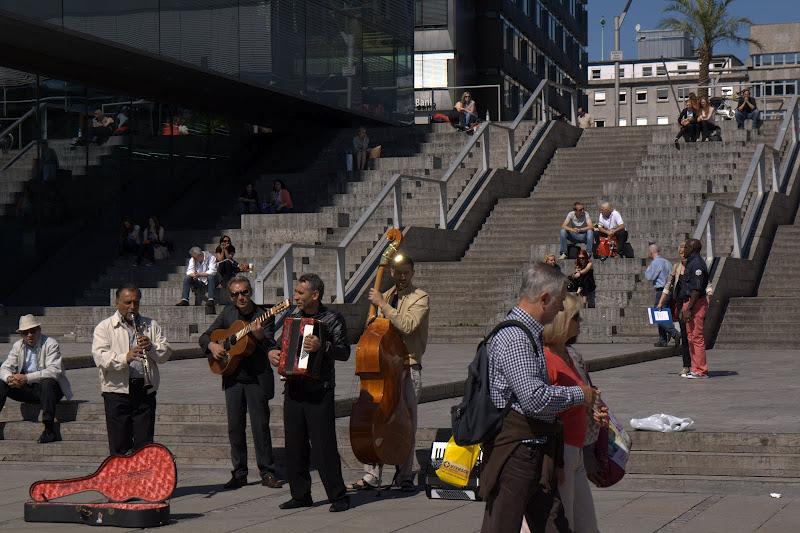 Улични музиканти на Шлосплац