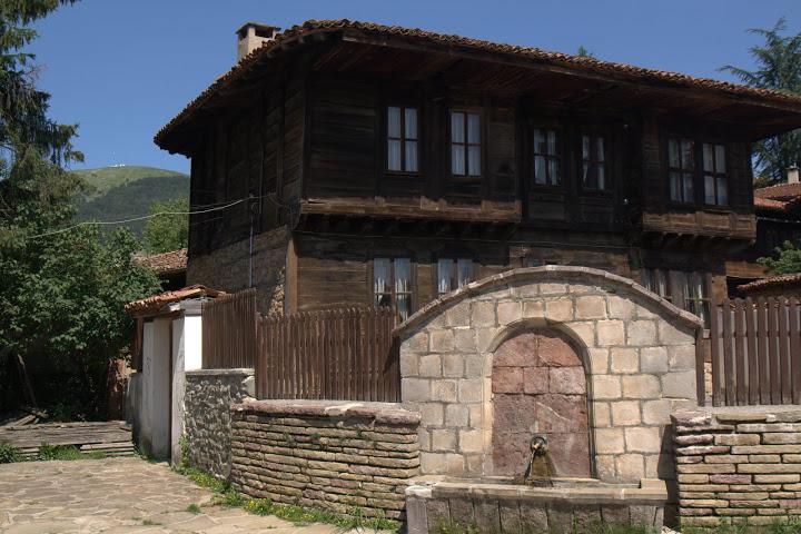 """""""Камчийски"""" тип къща в Котел"""