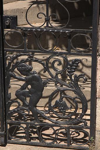 Дворна врата