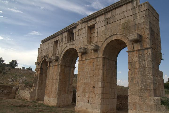 Арката в Патара