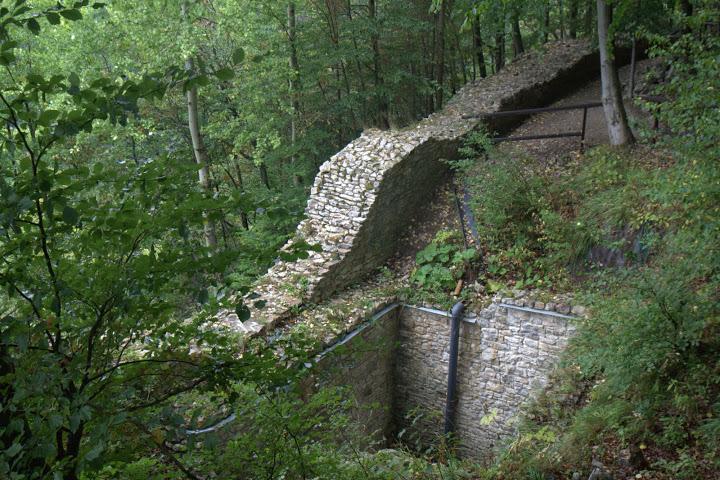 Реставрация на древния замък