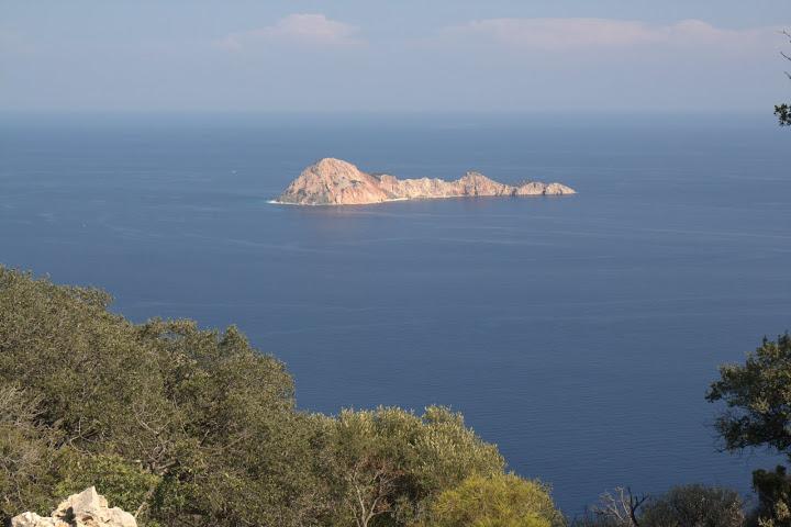 Още едно островче