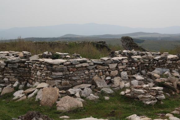 Къде се е подслонявал цар Калоян