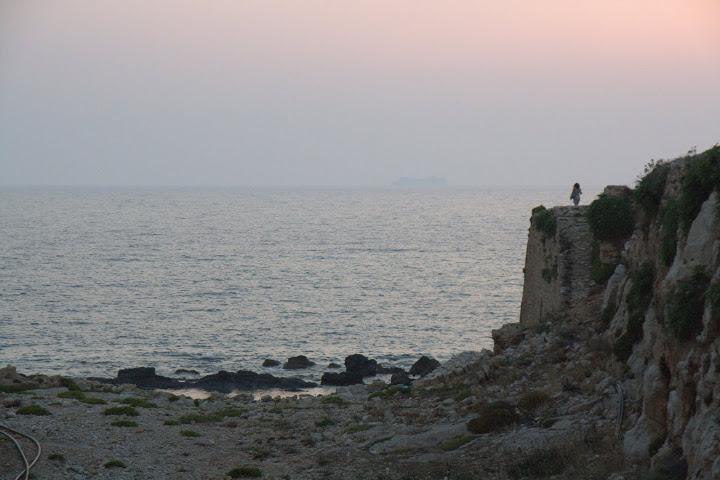 Девойката на крепостта