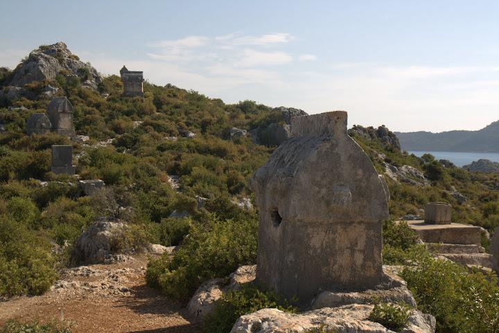 Гробници край Симена