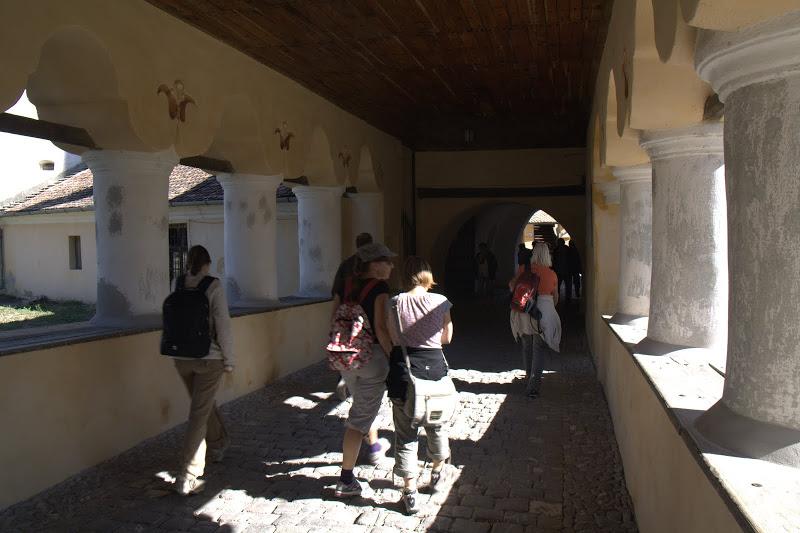 Входът на църквата крепост в Прежмер