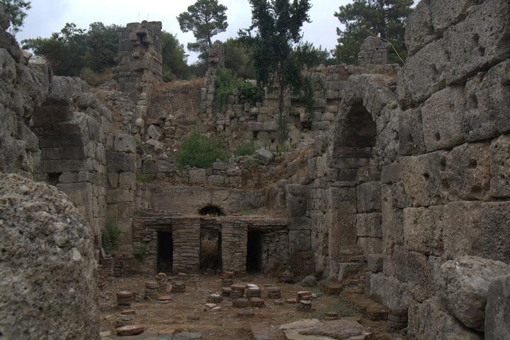 Руините на Фаселис