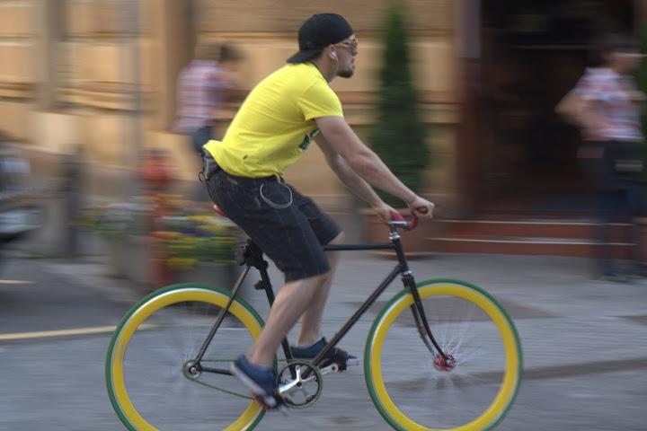 Орадеец на колело