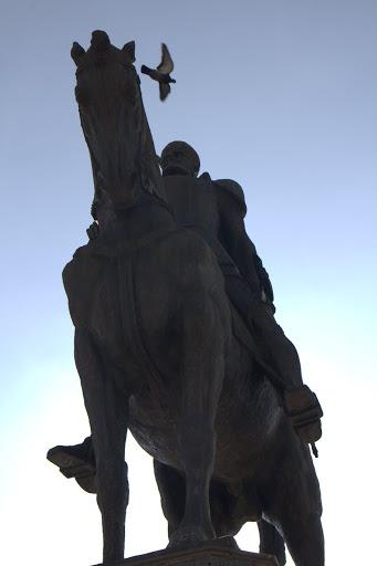Паметник на румънски владетел
