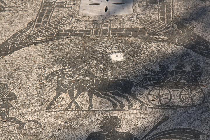 Мозайки с велики новини
