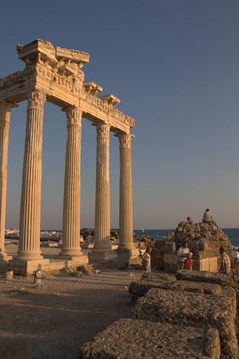Пак храмът на Атина