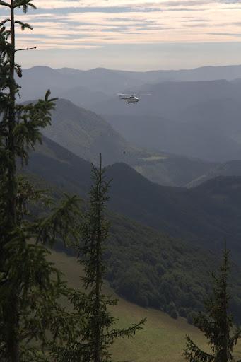 Хеликоптерът тренира