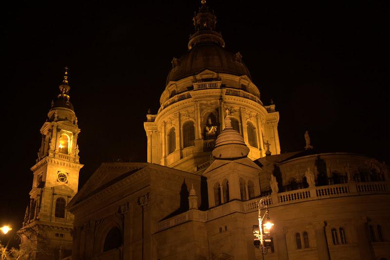 Катедралата в Пеща