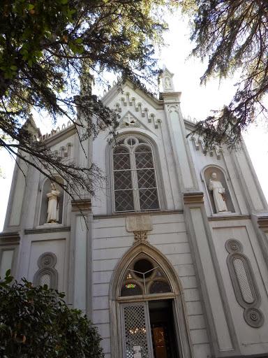 Католическата църква на Бююкада
