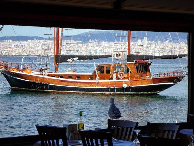 Истанбул в далечината
