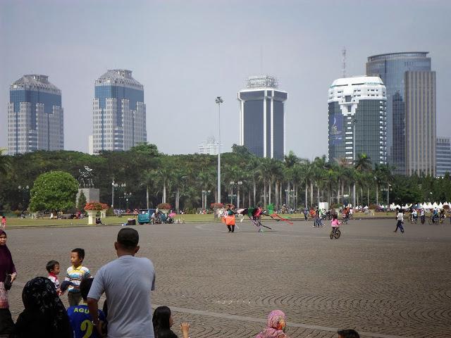 Панорама около паметника