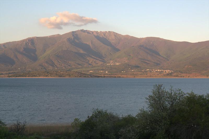 Планините около Преспанските езера
