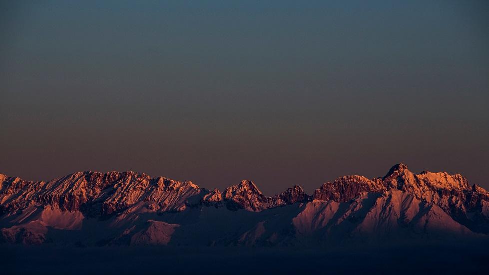 Далечни върхове Олимпиябан Не е като да няма извън писта на Акзамер ((C) Photo: Christoph Schöch | Axamer Lizum)