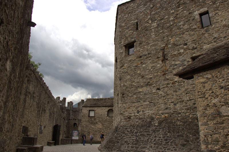 Страшни крепостни кули