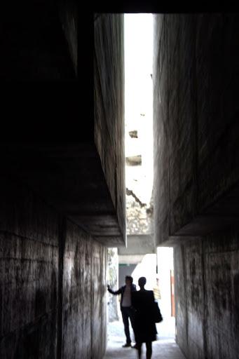 Бетонен бункер с асансьор за замъците