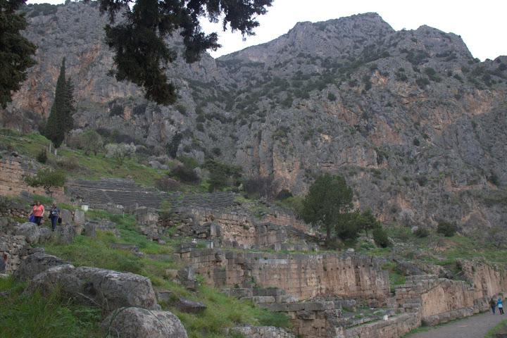 Драматичното място на Делфи в планината Парнас