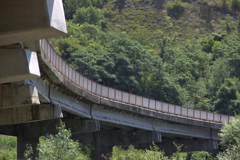 Мостът при Долна Студена