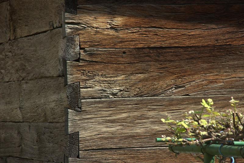 Кьоше на дървена къща