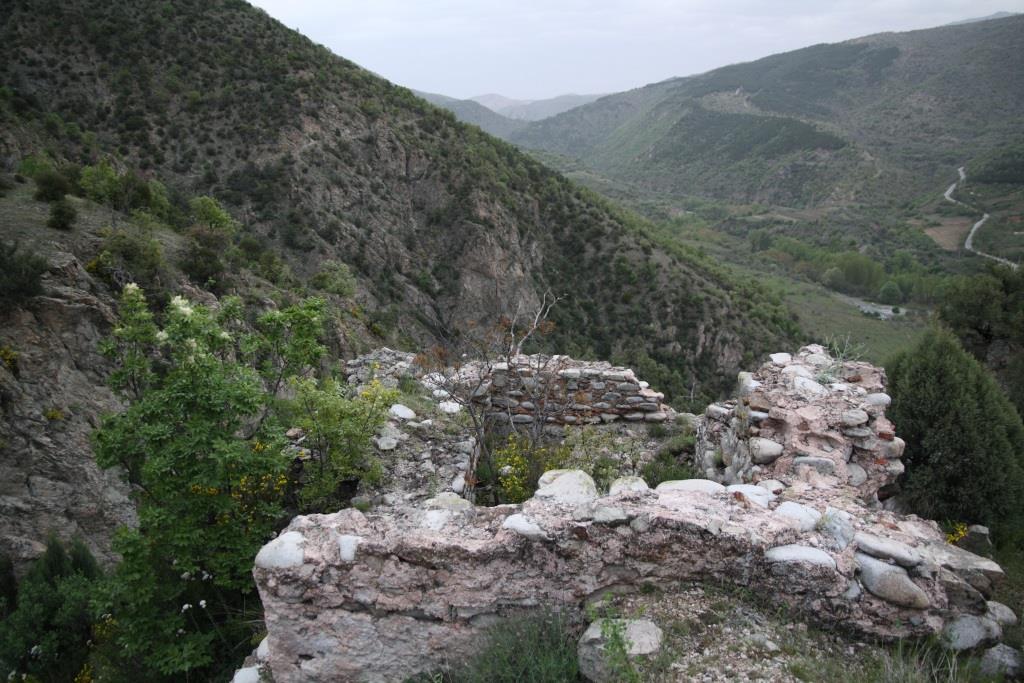 Останки от крепост в Тисата