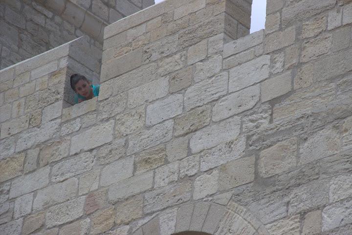 Църквата е като крепост