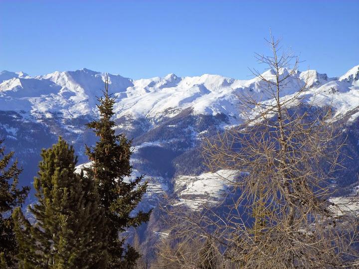 Планини на север от Марилева