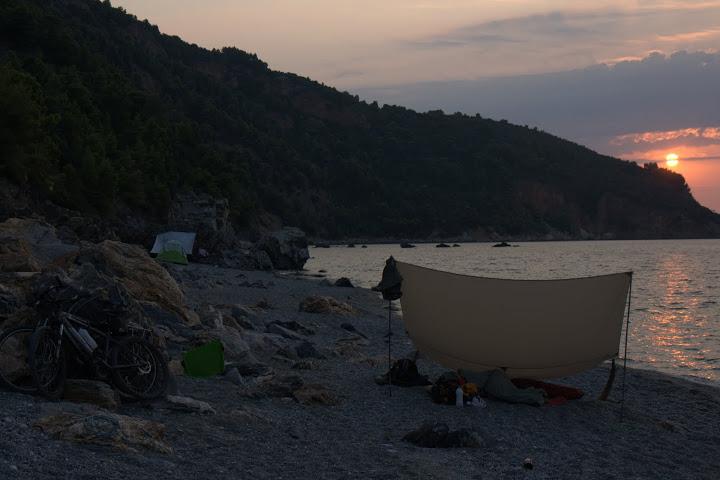 Плажът Валанио по изгрев