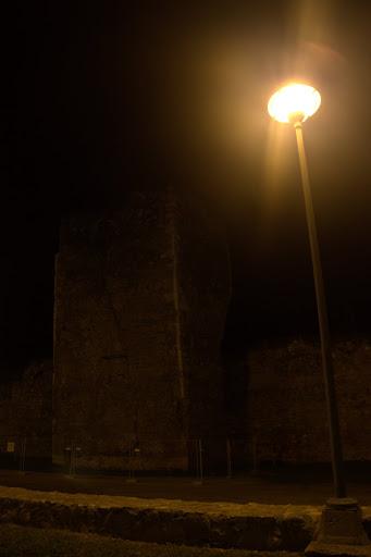 Килната кула