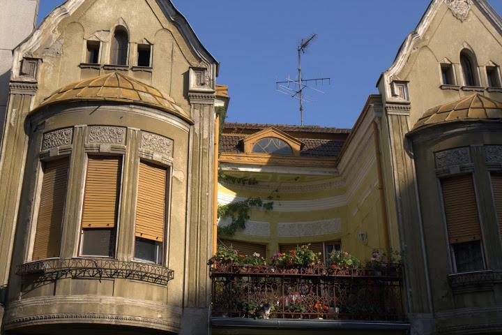Вдадените балкони